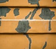 Oude muur met flarden van stopverf Royalty-vrije Stock Foto's