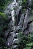 Oude muur van steen in Japan stock foto