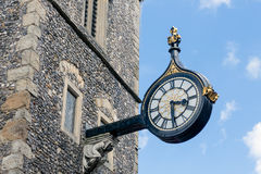 Oude muurklok de stad in in de stad van Canterbury, Engeland Stock Afbeelding
