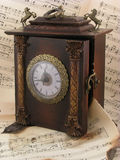 Oude muzikaal en klok Royalty-vrije Stock Afbeelding
