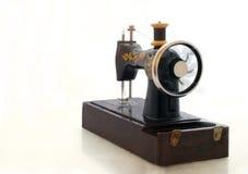 Oude naaimachine Royalty-vrije Stock Foto's
