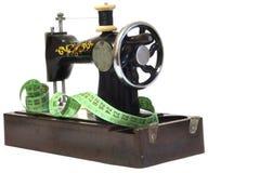 Oude naaimachine Royalty-vrije Stock Afbeelding