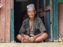 Oude Nepalese mens royalty-vrije stock afbeelding