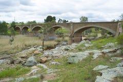 Oude Niet meer gebruikte Spoorwegbrug, Palmer, Zuid-Australië Stock Afbeeldingen