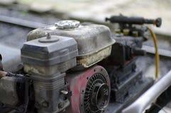 Oude olieachtige machine Royalty-vrije Stock Afbeeldingen