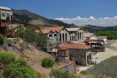 Oude ontmantelde ijzermijn in Sardinige Royalty-vrije Stock Foto