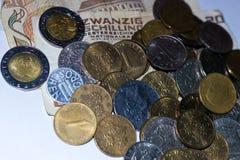 Oude Oostenrijkse en Italiaanse muntstukken stock foto's