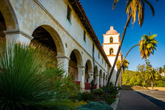 Oude Opdracht Santa Barbara, in Santa Barbara, Californië Stock Afbeelding