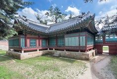 Oude pagode bij Gyeongbokgung-Paleis stock foto