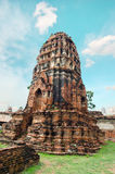 Oude pagode met bewolkte hemel in Thailand Royalty-vrije Stock Foto