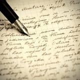 Oude pen en brief Stock Afbeelding