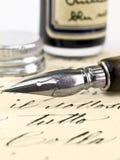 Oude pen en retro kalligrafie. Stock Foto