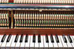Oude piano Stock Foto's