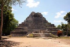 Oude Piramide royalty-vrije stock afbeeldingen