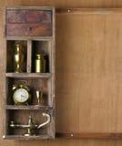 Oude plank met onderwerpen royalty-vrije stock afbeeldingen