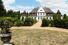 Oude poetsmiddelresidentie - manor royalty-vrije stock fotografie
