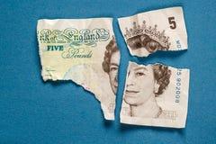 Oude 5 ponden document nota verscheurde Royalty-vrije Stock Foto's
