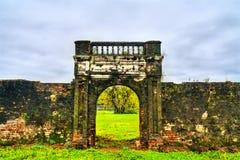 Oude poort bij de Verboden Stad in Tint, Vietnam royalty-vrije stock afbeelding