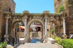 Oude poort van Roman keizer Adrian, Antalya-stad, Turkije royalty-vrije stock foto
