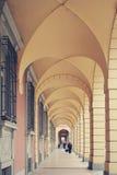 Oude portico& x27; s in Bologna in Italië stock fotografie