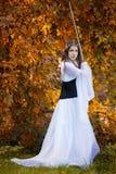 Oude Prinses met zwaard royalty-vrije stock fotografie