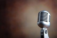 Oude retro microfoon Royalty-vrije Stock Afbeelding