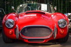 Oude retro sportwagencobra Royalty-vrije Stock Foto's