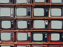 Oude retro televisie en lege het schermvertoning royalty-vrije stock foto