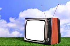 Oude retro TV in openlucht Stock Afbeeldingen