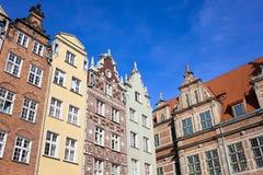Oude Rijtjeshuizen in Gdansk Stock Afbeeldingen