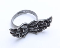 Oude ring met vleugels royalty-vrije stock foto