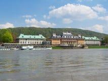 Oude Riverboat voor Kasteel Pillnitz Royalty-vrije Stock Afbeelding