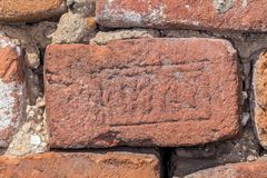 Oude rode baksteen 19de eeuw Stock Afbeelding