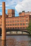 Oude rode baksteenfabriek. Industrieel landschap. Norrkoping. Zweden Stock Fotografie