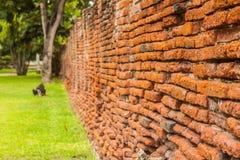 Oude rode bakstenen muur Royalty-vrije Stock Foto's