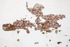 Oude Rode Bakstenen muur met Verf en Clay Peeling Off Royalty-vrije Stock Fotografie