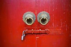 Oude rode Chinese deur Stock Afbeelding