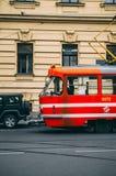 Oude rode Tram in Praag Royalty-vrije Stock Foto's