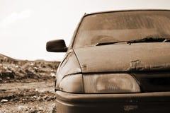 Oude roestige auto Stock Foto