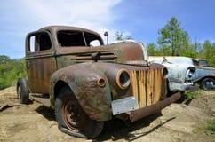 Oude roestige Ford-bestelwagen Royalty-vrije Stock Fotografie