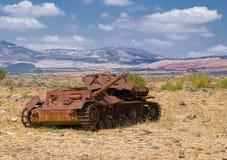 Oude roestige gepantserde tank Royalty-vrije Stock Fotografie