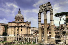 Oude roman ruïnes in Fori Imperiali, Rome Stock Foto