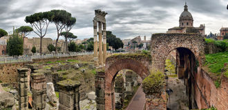 Oude Roman ruïnes in Rome, ROME Stock Foto