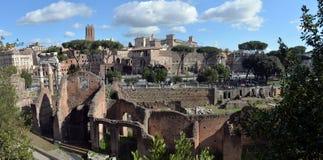 Oude Roman ruïnes in Rome, ROME Stock Afbeeldingen