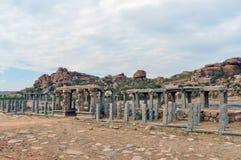 Oude ruïnes in India Hampi royalty-vrije stock fotografie