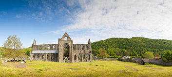 Oude Ruïnes, Tintern-Abdij, Wales, het UK Royalty-vrije Stock Foto
