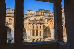Oude ruïnes van Koningin` s Bad in Hampi, India royalty-vrije stock afbeelding