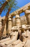Oude ruïnes van tempel Karnak in Egypte Stock Fotografie