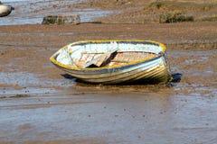 Oude rubberboot royalty-vrije stock afbeeldingen