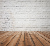 Oude ruimte met bakstenen muur Royalty-vrije Stock Foto's